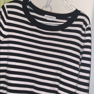 long sleeve Liz Claiborne pullover sweater